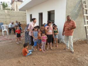 Das Haus der Familie Fhadad bei der einweihungsfeier im Juli 2015