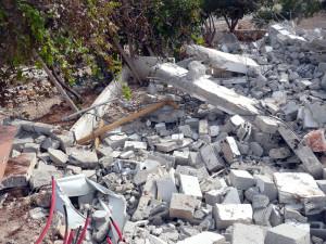 Zerstörtes Haus bei Anata